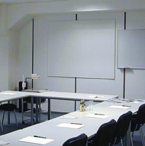 Schulungsraum by Braintop Fortbildung Weiterbildung Ausbildung in Köln